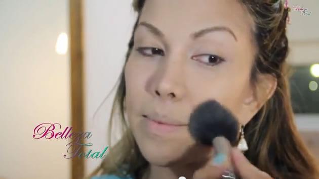 descubre-la-tecnica-practica-con-simples-productos-para-lucir-una-piel-perfecta-con-maquillaje