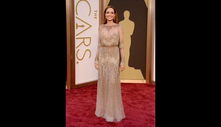 oscar-2014 Angelina_Jolie  Las mejores vestidas de los premios Oscars 2014 oscar 2014 Angelina Jolie