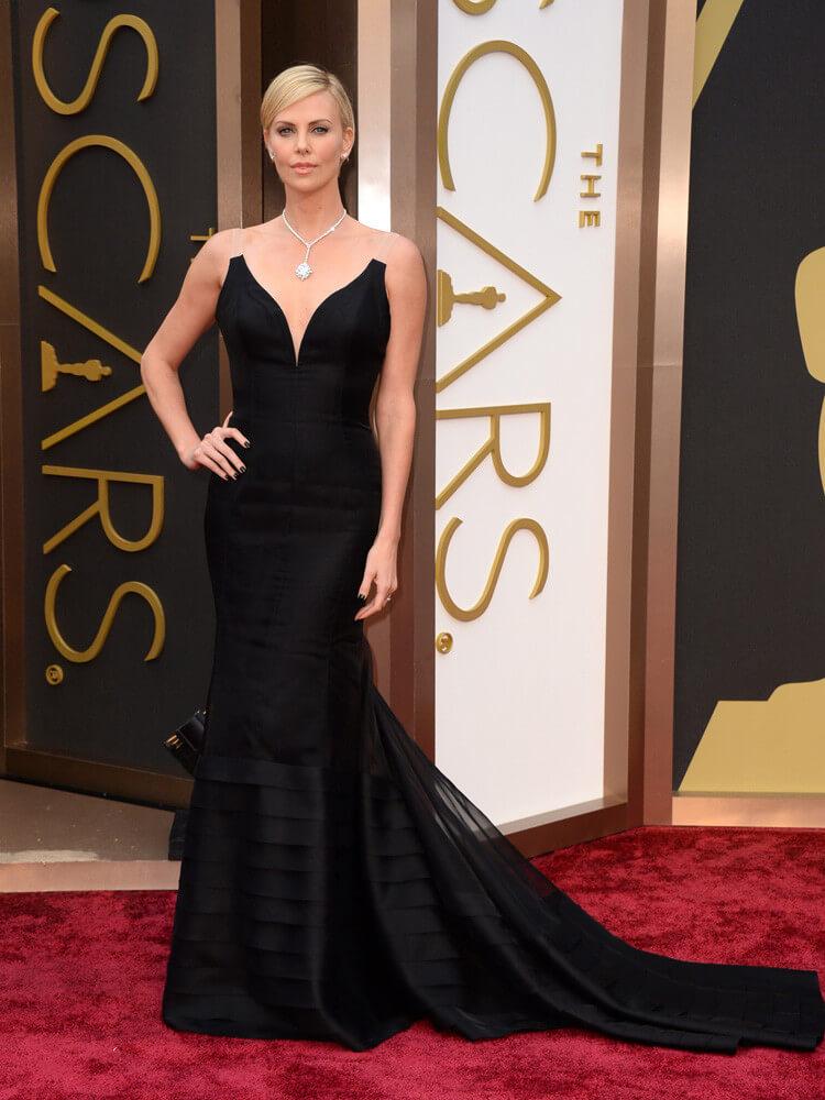 oscar-2014-charlize-theron  Las mejores vestidas de los premios Oscars 2014 oscar 2014 charlize theron