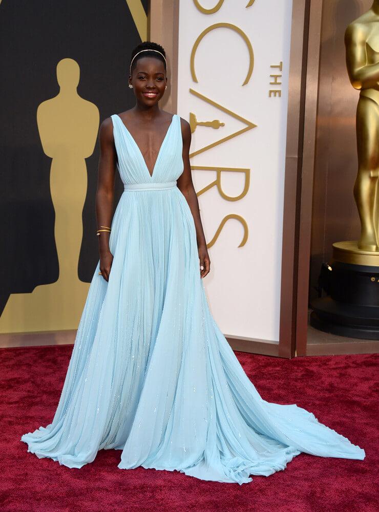 oscar-2014-lupita_nyong'o  Las mejores vestidas de los premios Oscars 2014 oscar 2014 lupita nyongo