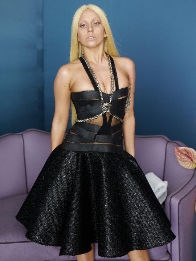 versacce_fhotoshop  La moda y el Photoshop : Lady Gaga versacce fhotoshop