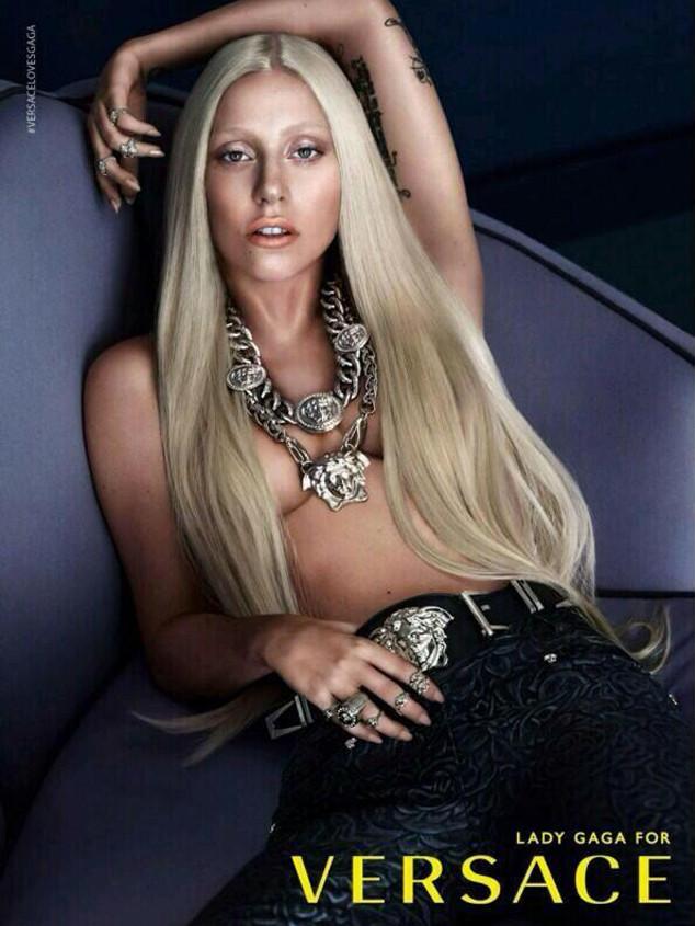 Lady Gaga para versace  las Divas del Pop y la Moda Moda versace ladygaga